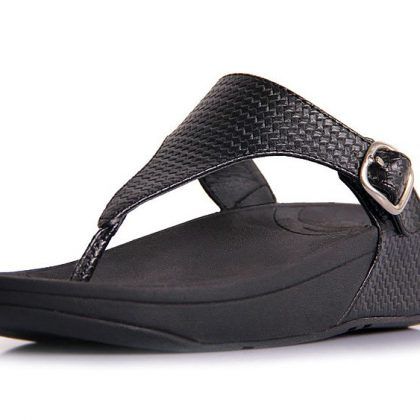fitflop_the_skinny_thong_black_4